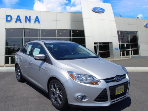 Certified Pre-Owned 2014 Ford Focus SE FWD Sedan