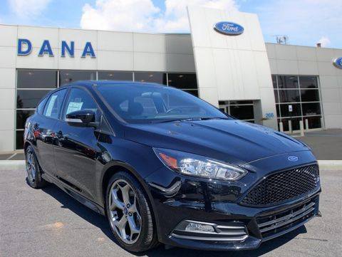 Certified Pre-Owned 2016 Ford Focus ST ST FWD Hatchback