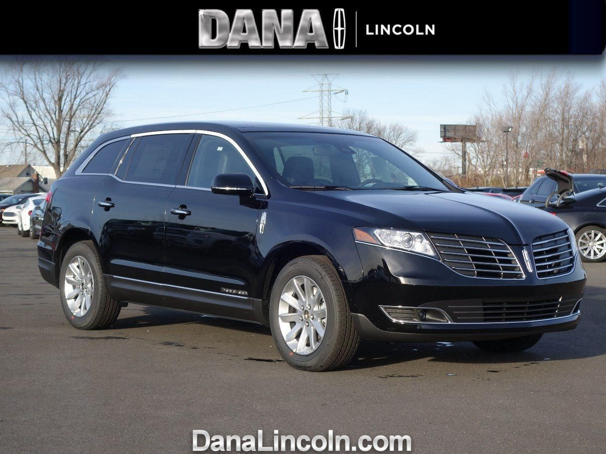 New 2017 lincoln mkt livery