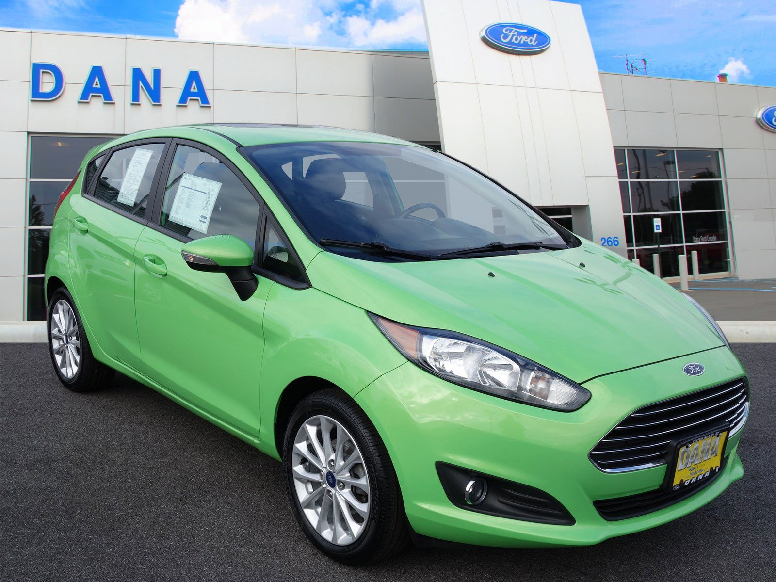 Certified Pre Owned 2014 Ford Fiesta SE
